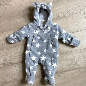 6-9mo BRAND NEW coverall suit